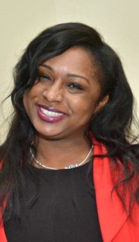 Dearborn Heights MI Social Worker, Therapist LaShonda Smith, LMSW